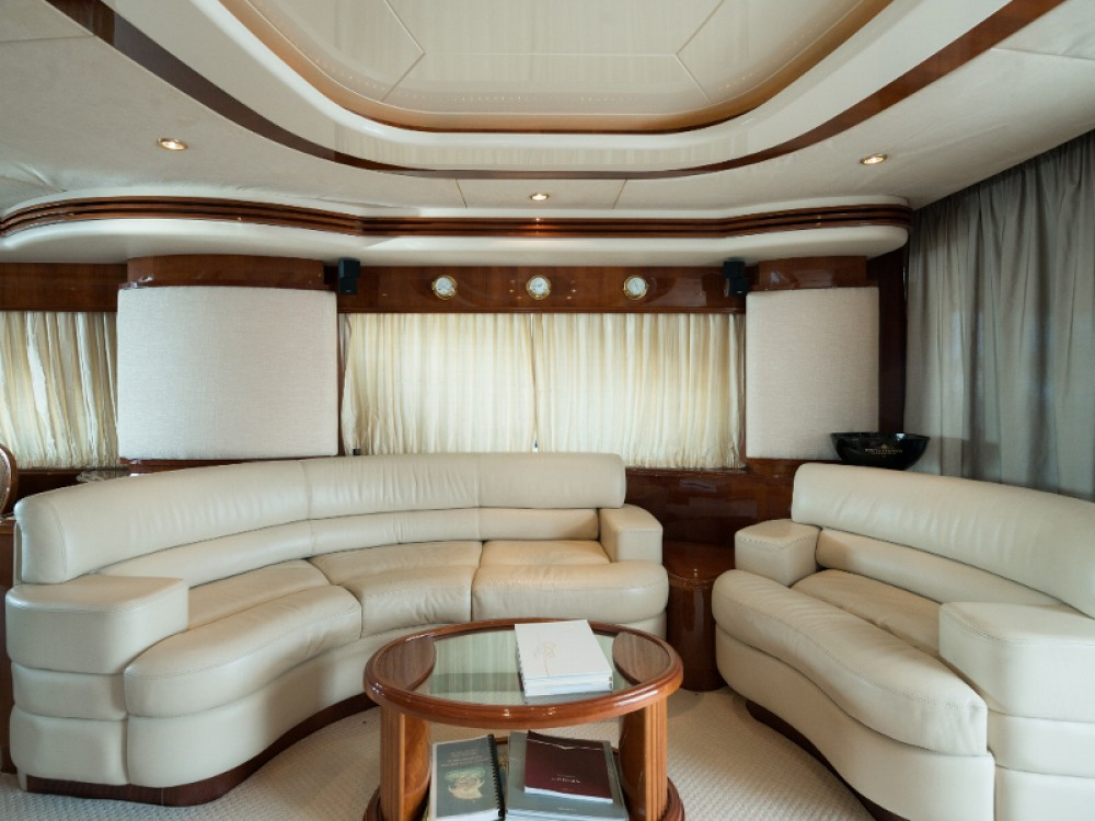 Yacht a noleggio Lisbona al miglior prezzo