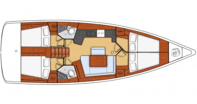 Noleggiare una Bénéteau Oceanis 45 a Trapani