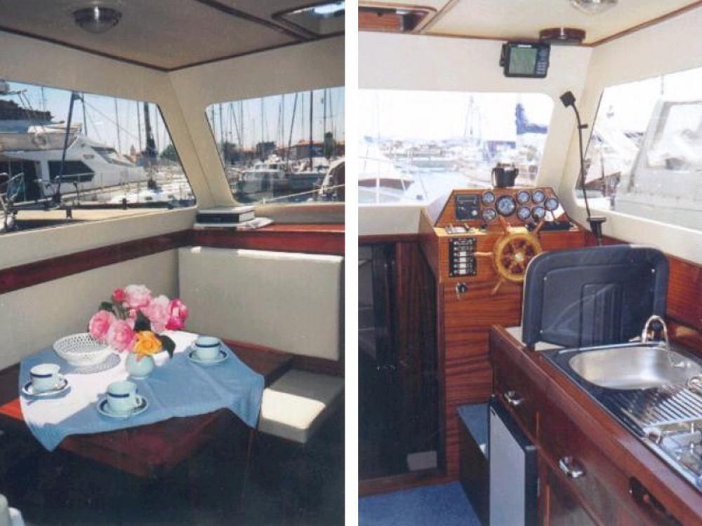 Noleggio barche Sas Vektor Adria 28 Luxus Brbinj su Samboat