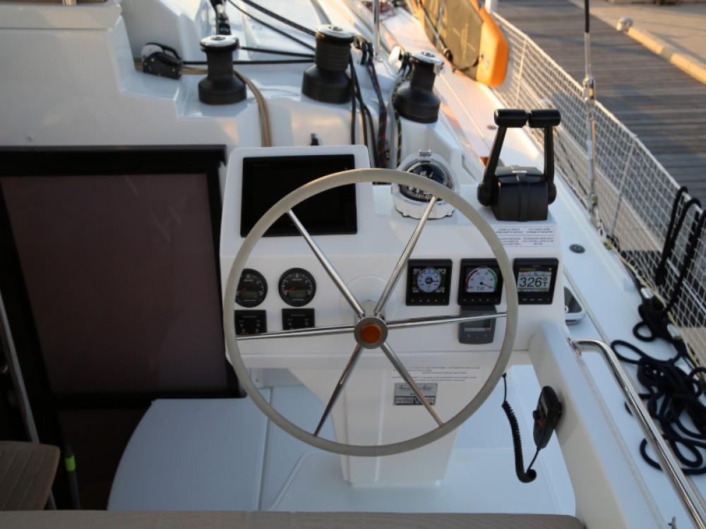 Catamarano a noleggio Olbia al miglior prezzo