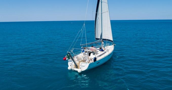 Noleggio barche Jeanneau Sun Odyssey 439 a Castiglioncello su Samboat