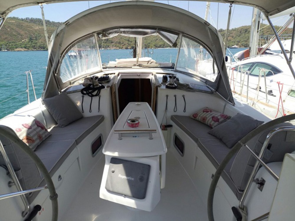 Noleggio barche Fethiye economico Beneteau 43
