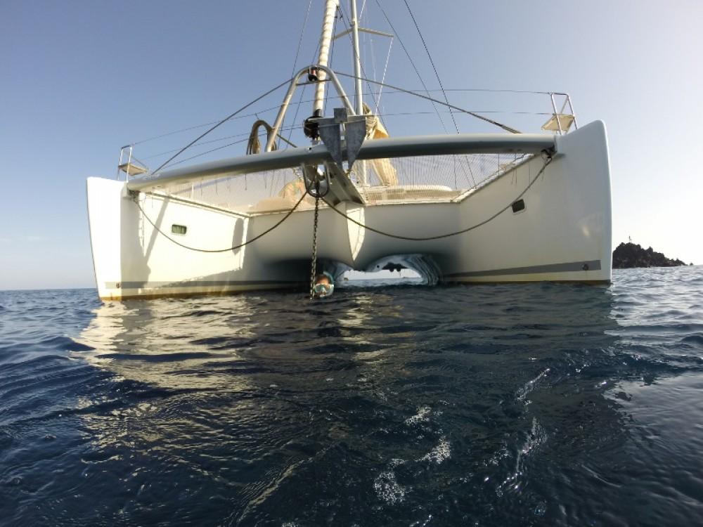Catamarano a noleggio Porto Pozzo al miglior prezzo