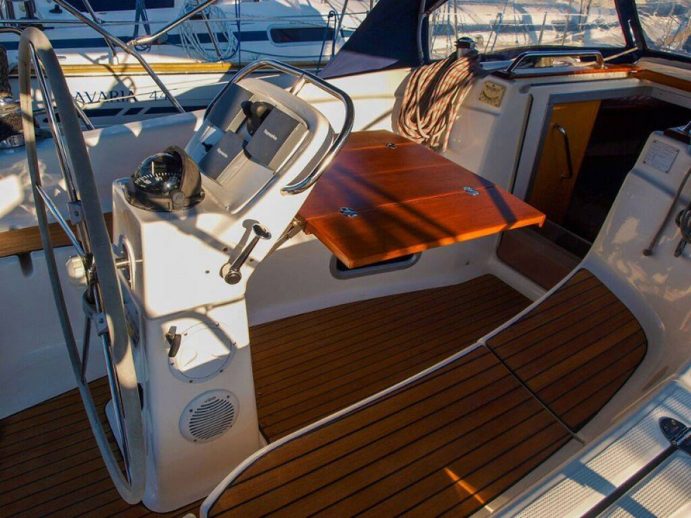 Noleggio yacht Capocesto - Bavaria Bavaria 32 su SamBoat