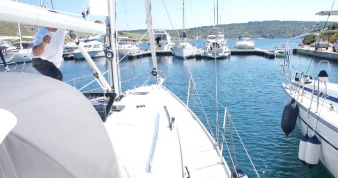 Barca a vela a noleggio a Primošten al miglior prezzo