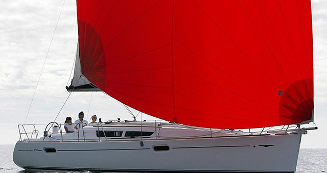 Barca a vela a noleggio a Port de Palamós al miglior prezzo