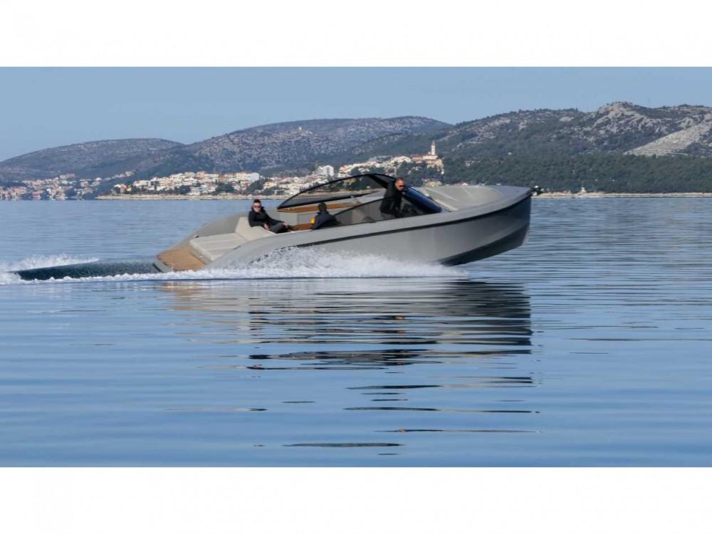 Noleggio yacht Marina Trogir SCT -  Supreme 27 p su SamBoat