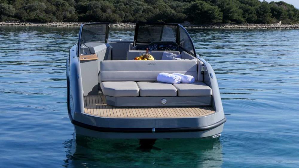 Noleggio barche Marina Trogir SCT economico Supreme 27 p