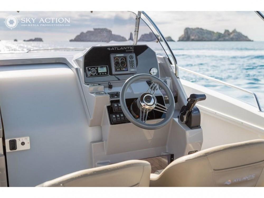 Noleggio barche Trogir economico Atlantic 750 Open