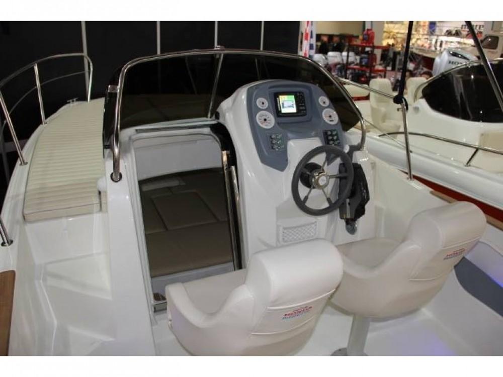 Noleggio barche Marina Trogir SCT economico HM 22 Fly