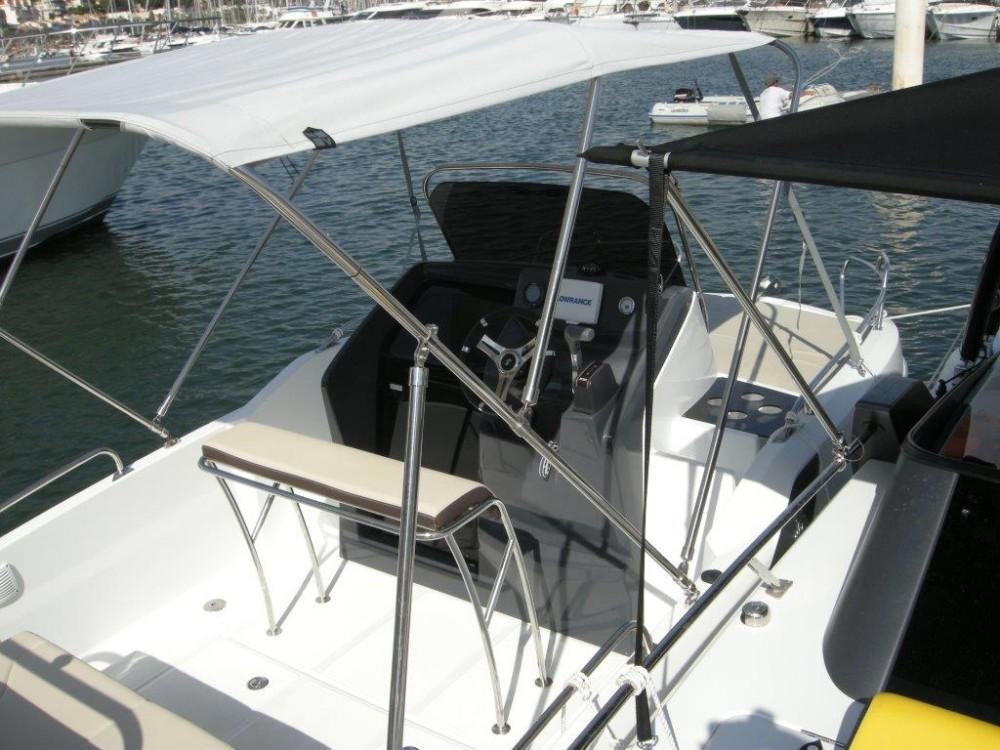Noleggio barche Bénéteau Beneteau Flyer 5.5 Sundeck Traù su Samboat