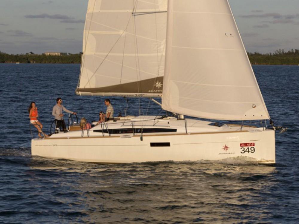 Noleggio barche Jeanneau Sun Odyssey 349  su Samboat