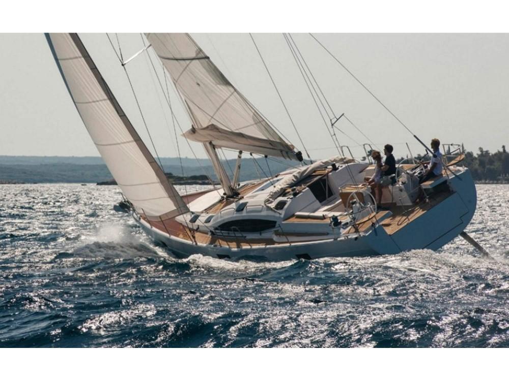 Noleggio Barca a vela con o senza skipper Elan Porto di Alimos