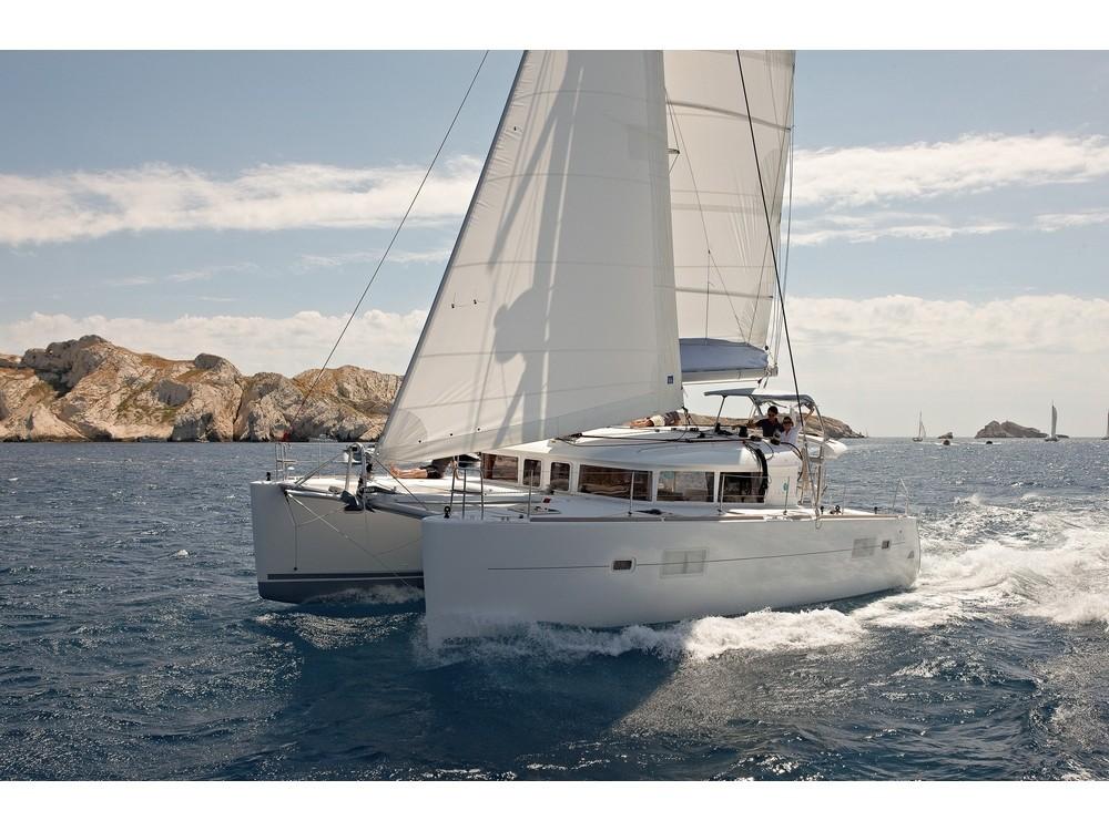 Lagoon Lagoon 400 S2 tra personale e professionale Porto di Alimos