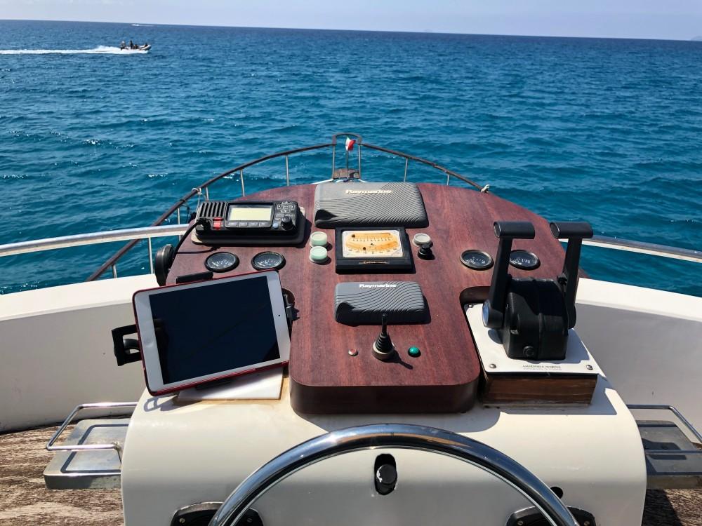 Noleggio barche  null[G] Marina di Portisco su Samboat
