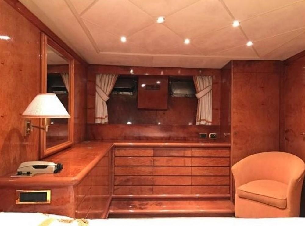 Noleggio Yacht Cantieri con una patente
