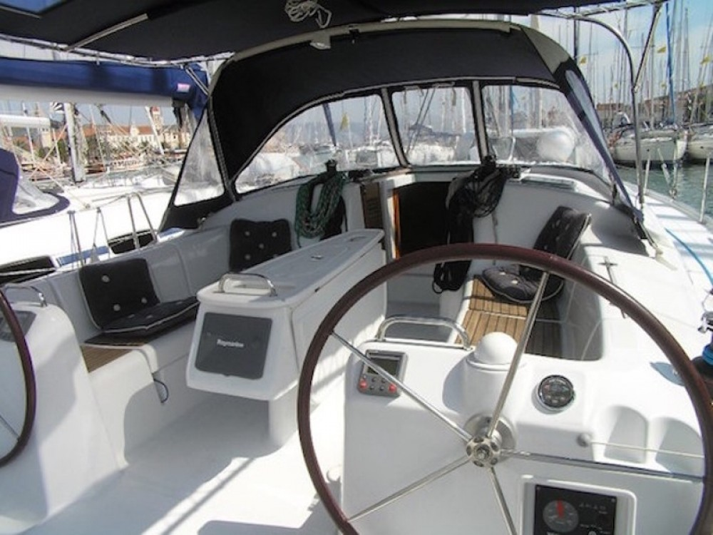 Noleggio barche Bénéteau Beneteau Cyclades 43.4 Skradin su Samboat