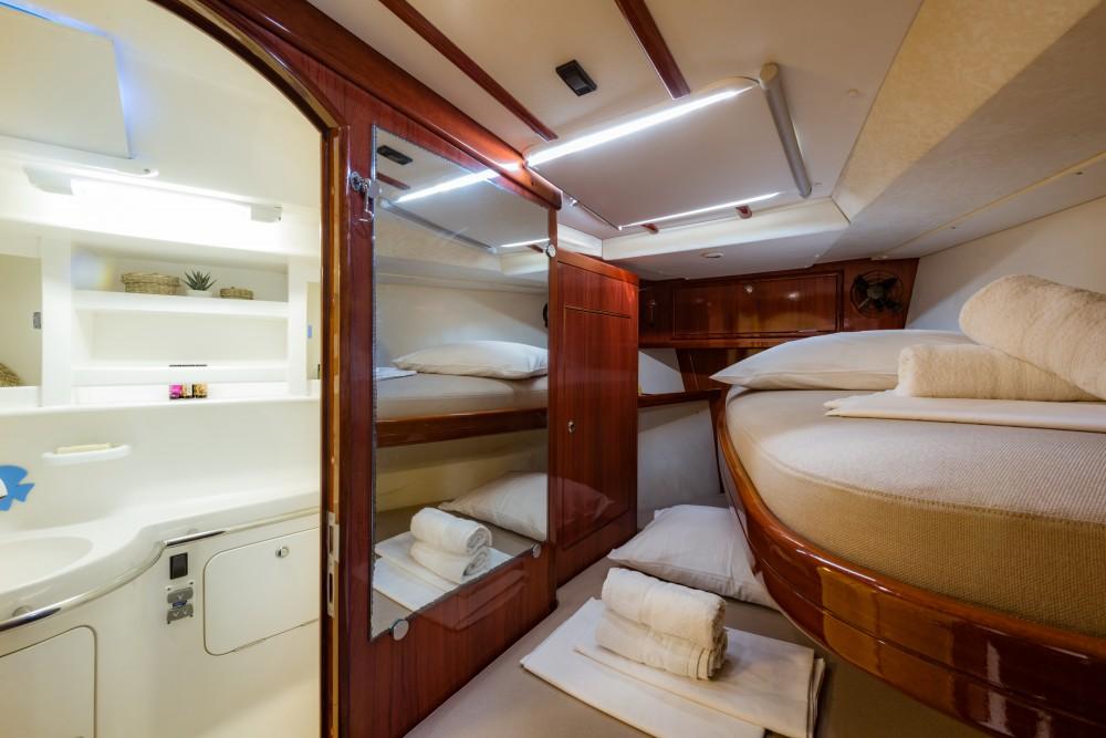 Noleggio barche Ocean Ocean Star 60.1 Porto di Alimos su Samboat