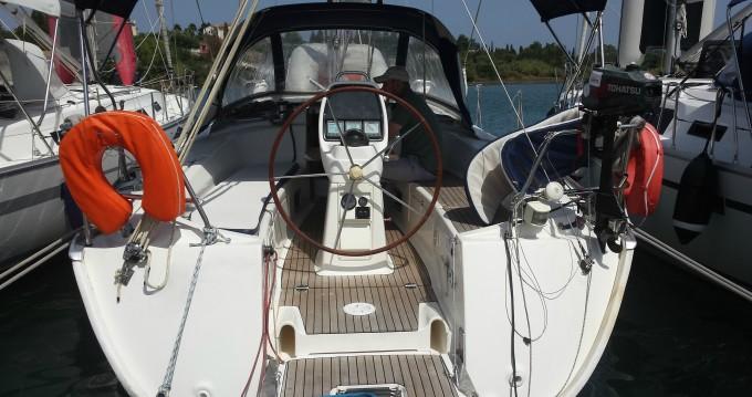 Noleggiare una Bavaria Bavaria 38 Cruiser a Rhodes