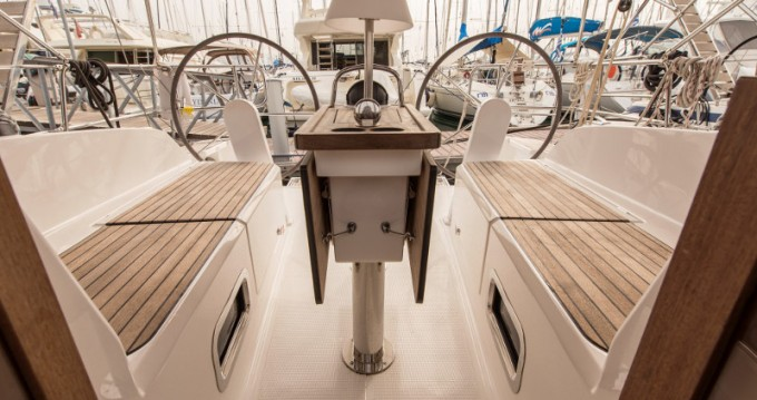 Noleggio Barca a vela a Atene – Bavaria Cruiser 37