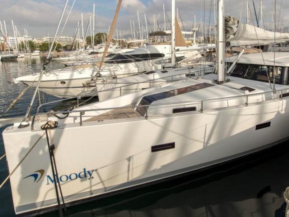 Noleggiare un'Moody Moody DS 45 Porto di Alimos