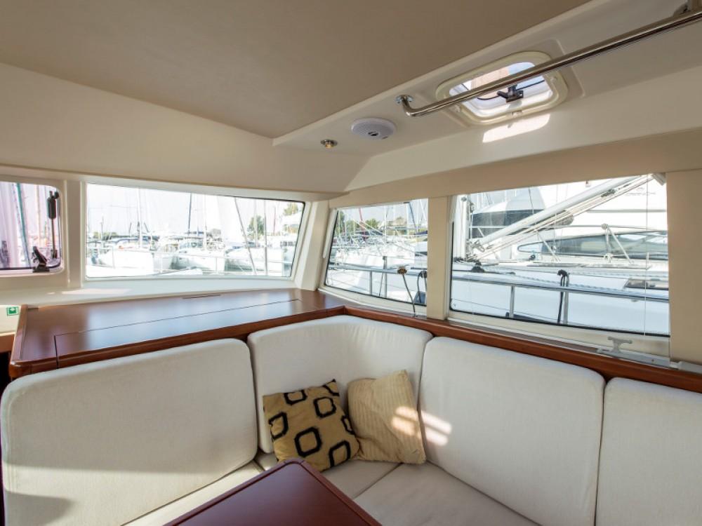 Noleggio Barca a vela Moody con una patente