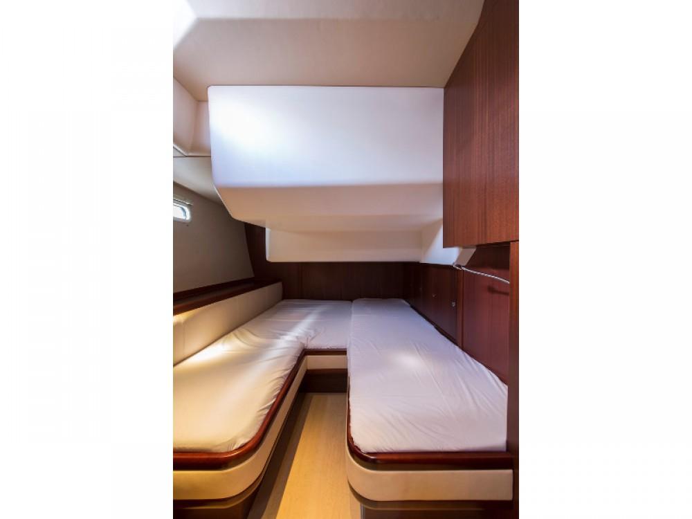noleggio Barca a vela Porto di Alimos - Moody Moody DS 45