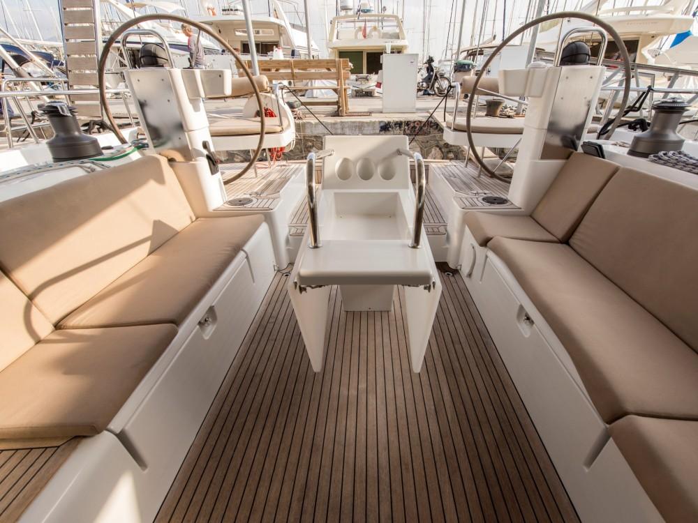 Noleggio barche Porto di Alimos economico Moody DS 45