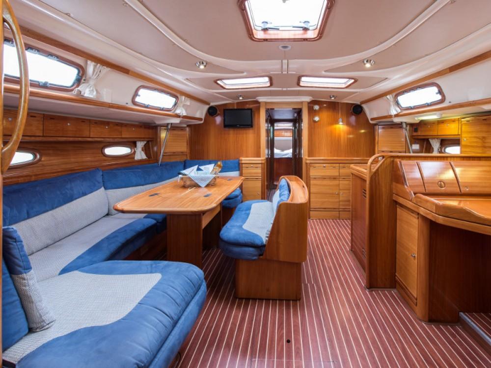Noleggio barche Porto di Alimos economico Bavaria 50 Cruiser