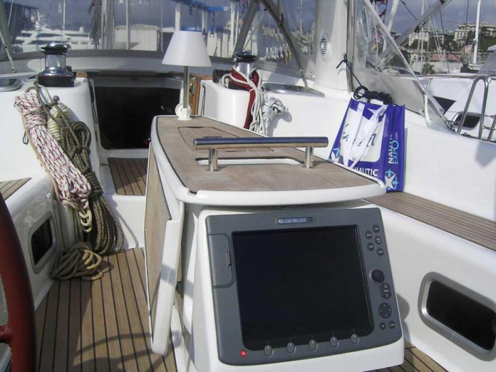 Noleggiare un'Bénéteau Oceanis 50 Family Follonica