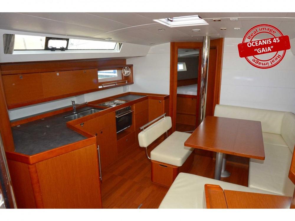 Noleggio barche Bénéteau Oceanis 45 Follonica su Samboat