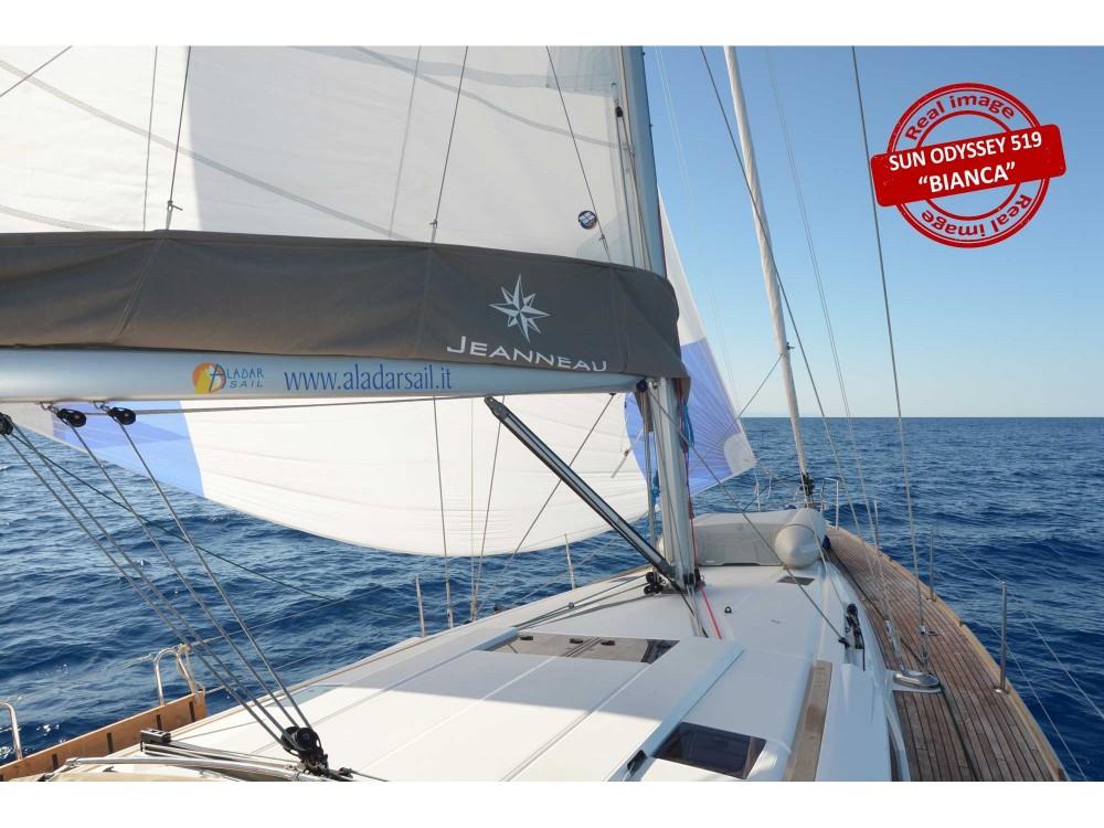 Noleggio Barca a vela con o senza skipper Jeanneau Follonica