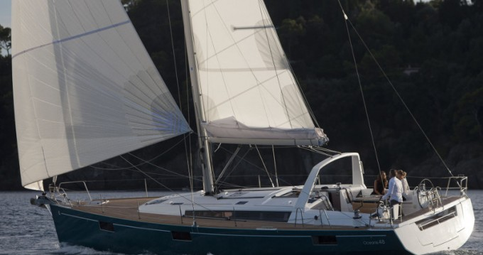 Noleggio barche Follonica economico Oceanis 48