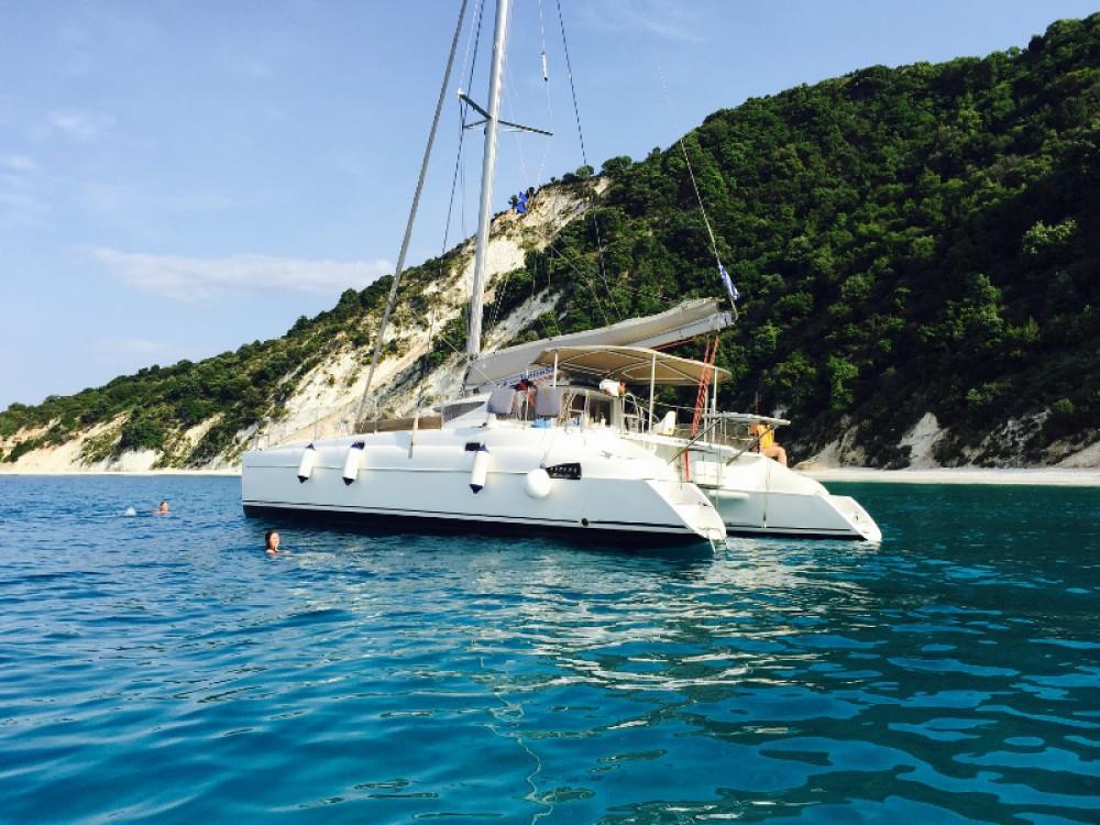 Noleggio barche Fountaine Pajot Athena 38  su Samboat