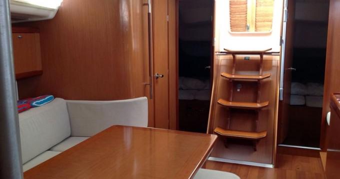 Noleggio barche Nettuno economico Oceanis 40