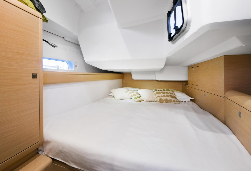 Noleggio barche Jeanneau Sun Odyssey 479 Bursa su Samboat