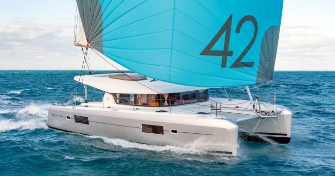 Noleggio Catamarano con o senza skipper Lagoon a Nettuno