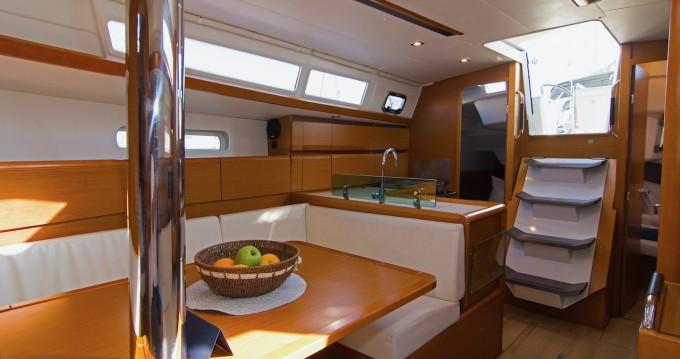 Noleggiare una Jeanneau Sun Odyssey 389 a Split