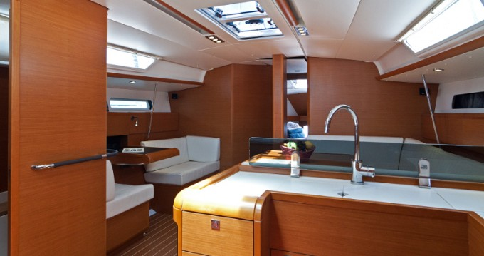 Noleggio yacht a Split – Jeanneau Sun Odyssey 439 su SamBoat