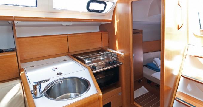 Noleggio Barca a vela con o senza skipper Jeanneau a Split