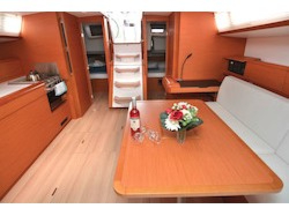 Noleggio yacht Comolaz - Jeanneau Sun Odyssey 479 su SamBoat