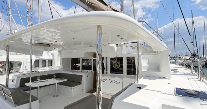 Noleggio Catamarano con o senza skipper Lagoon a Sukošan