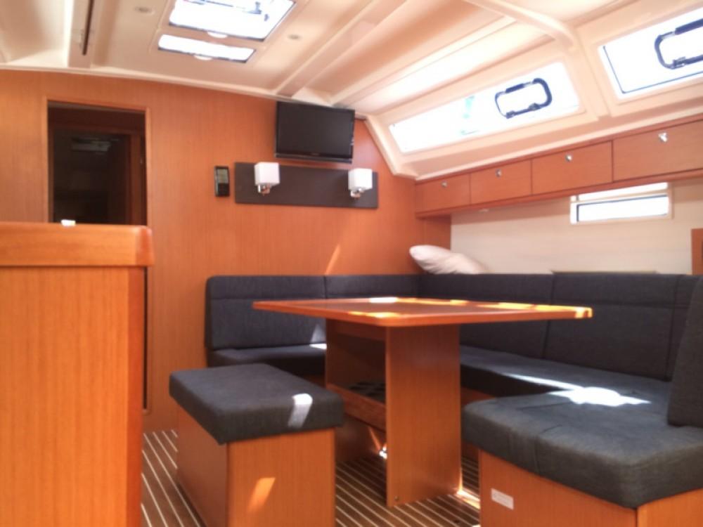 Noleggio yacht Traù - Bavaria Bavaria Cruiser 46 su SamBoat