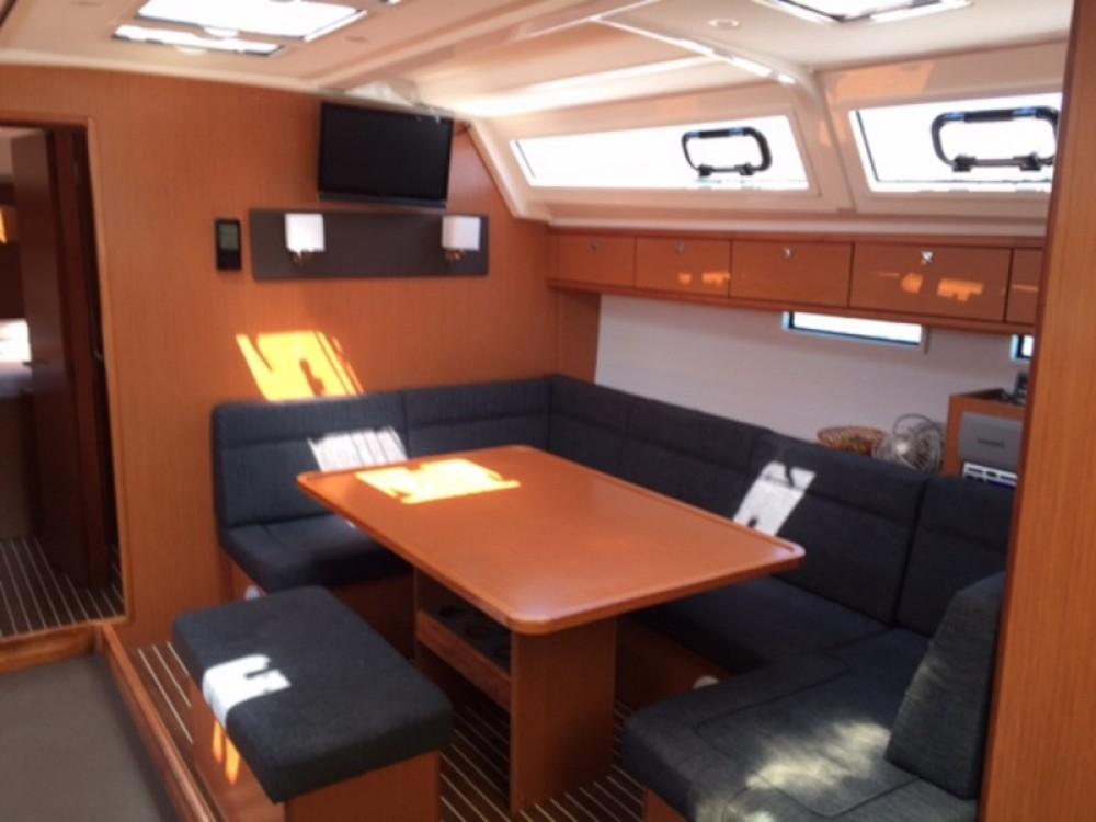 Noleggio barche Bavaria Bavaria Cruiser 46 Traù su Samboat