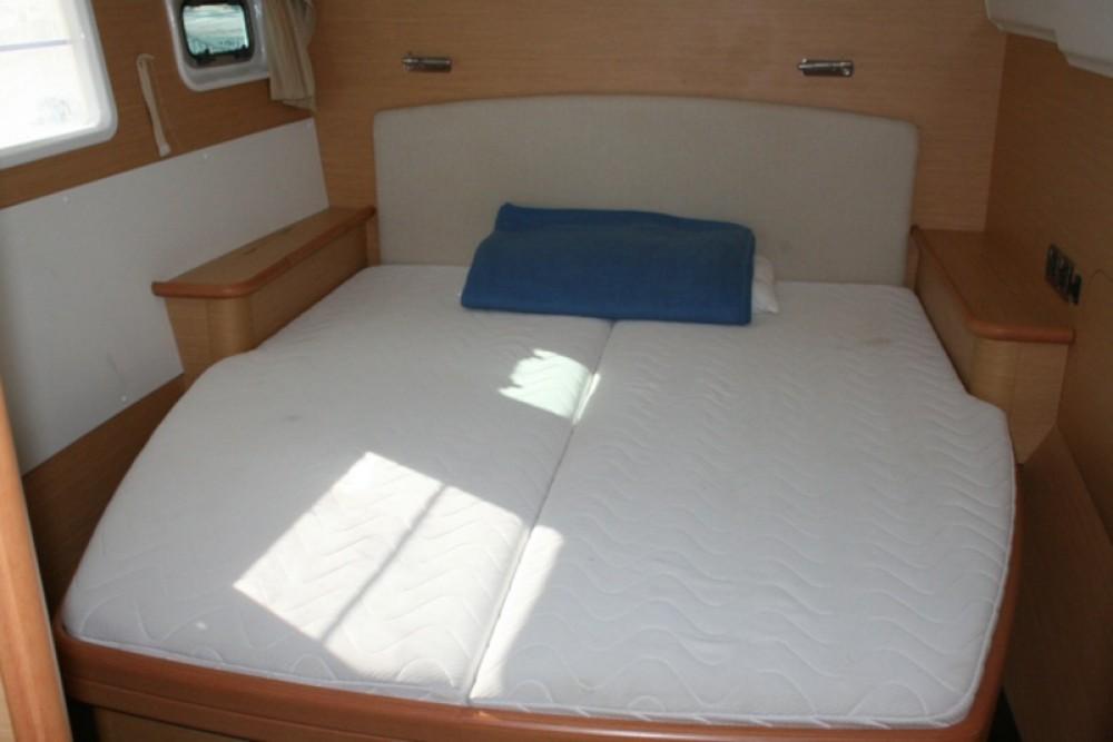 Noleggio Catamarano con o senza skipper Lagoon Traù