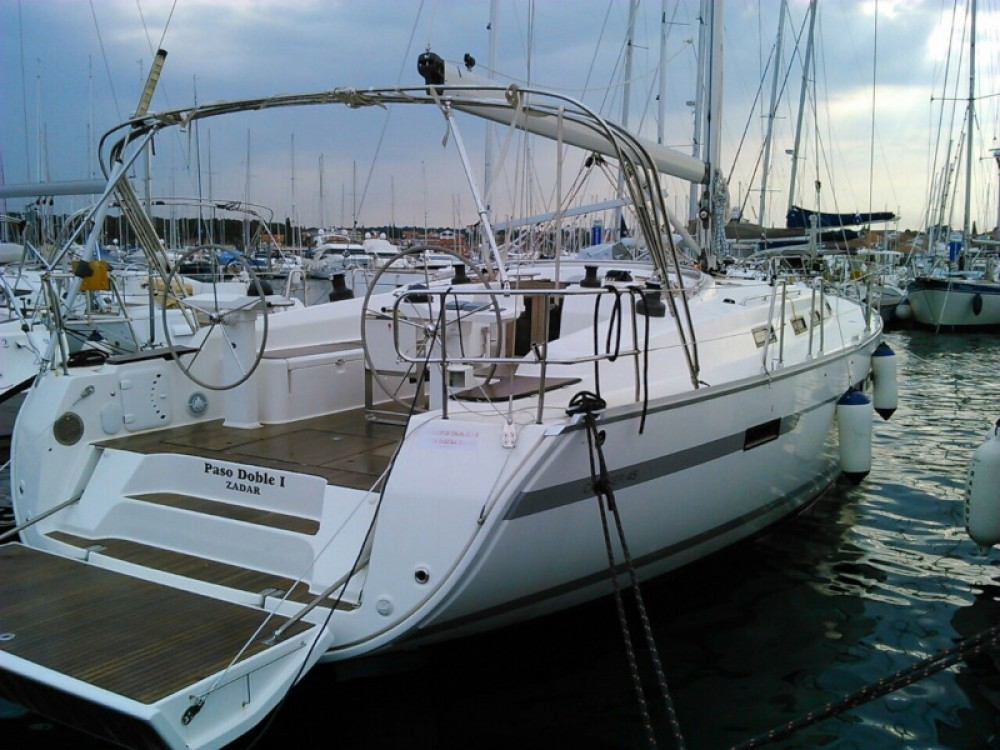 Noleggio yacht Traù - Bavaria Bavaria Cruiser 45 su SamBoat