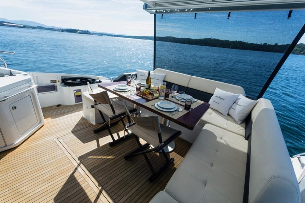 Noleggio Yacht con o senza skipper Azimut Sebenico