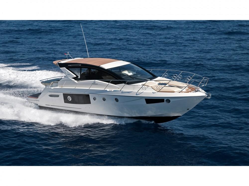 Noleggio Barca a motore Cranchi con una patente