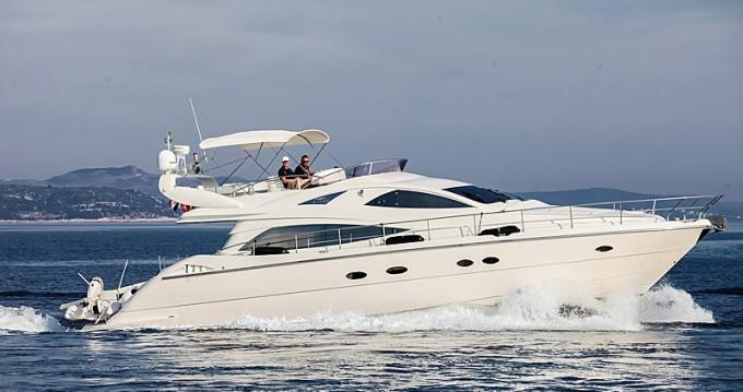 Noleggio Barca a motore Aicon con patente nautica