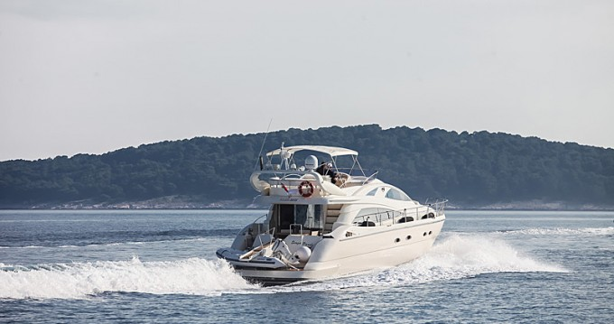 Noleggio Barca a motore a Sebenico – Aicon Aicon 56 S Fly